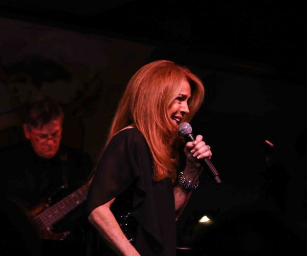 Photo Coverage: Kelly Clinton Plays Cafe Carlyle