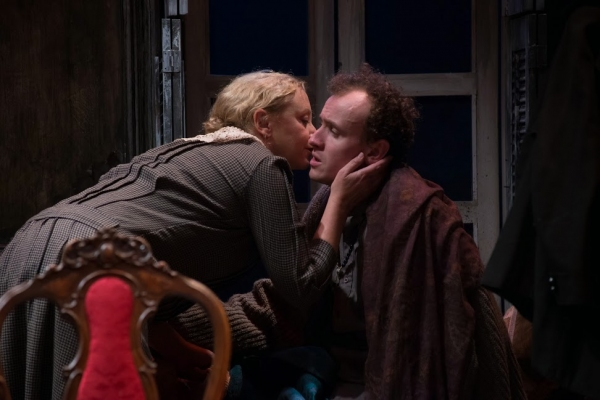 J. Smith-Cameron (as Juno Boyle) and Ed Malone (as Johnny Boyle) Photo