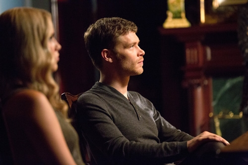 The Originals -- ''Sinners and Saints'' -- Image Number: OR105b_0332.jpg -- Pictured (L-R): Claire Holt as Rebekah and Joseph Morgan as Klaus -- Photo: Bob Mahoney/The CW -- © 2013 The CW Network, LLC. All rights reserved