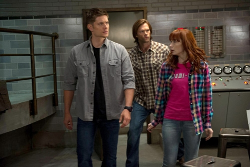 Supernatural -- ''Slumber Party'' -- Image SN904a_0025 -- Pictured (L-R): Jensen Ackles as Dean, Jared Padalecki as Sam, and Felicia Day as Charlie -- Credit: Diyah Pera/The CW --  © 2013 The CW Network, LLC. All Rights Reserved
