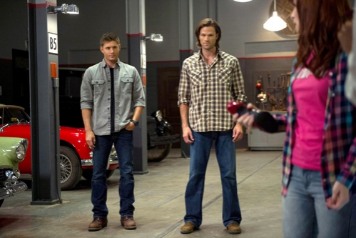 Supernatural -- ''Slumber Party'' -- Image SN904b_0049 -- Pictured (L-R): Jensen Ackles as Dean, Jared Padalecki as Sam, and Felicia Day as Charlie -- Credit: Diyah Pera/The CW --  © 2013 The CW Network, LLC. All Rights Reserved
