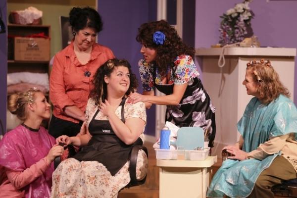 Gretchen Boyt as Shelby, Dana Galagan as Clairee, Jessica Robins as Annelle, Stephanie Leeper as Truvy, Kathi Aleman as M''Lynn