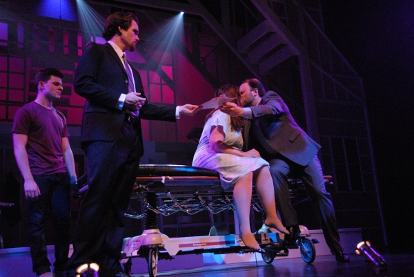 BWW REVIEWS: Slow Burn Theatre Forces Audiences to Feel During Emotional NEXT TO NORMAL