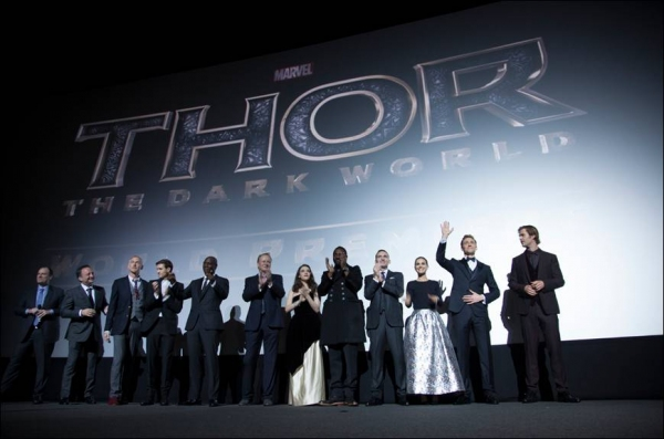 Photo Flash: Chris Hemsworth, Natalie Portman & More Attend THOR: THE DARK WORLD's London Premiere