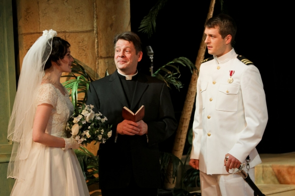 Brenda Joyner as Hero, Keith Dahlgren as Friar Francis, and Jay Myers as Claudio