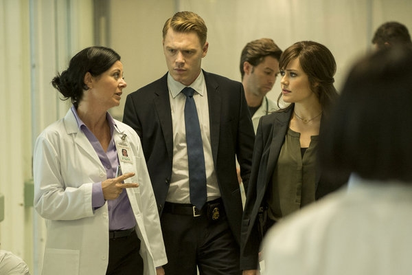 THE BLACKLIST -- ''Frederick Barnes'' Episode 106 -- Pictured: (l-r) Geraldine Hughes as Nina Buckner, Diego Klattenhoff as Donald Ressler, Megan Boone as Elizabeth Keen -- (Photo by: David Giesbrecht/NBC)