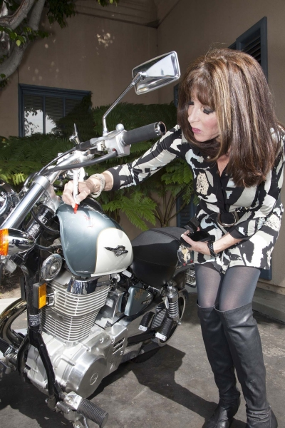 Kate Linder (The Yough & the Restless) signs bike