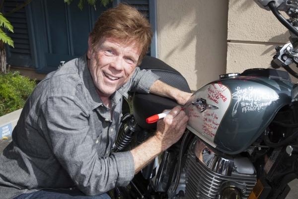Jon Walmsley (The Waltons) signs bike