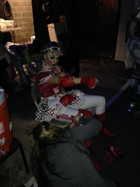 Prepping before the race (Gail Bennett)