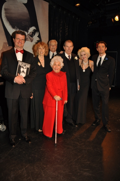 Michael Cumpsty, Beth Ertz, Robert Osborne, Charlotte Rae, Richard Easton, Alison Fra Photo
