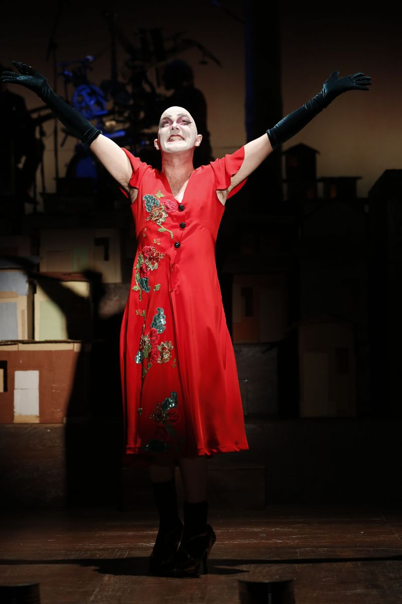 Review:  Taylor Mac's The Brecht Girl in THE GOOD PERSON OF SZECHWAN