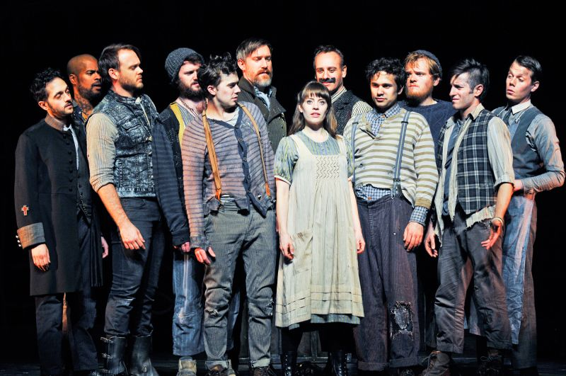 BWW Reviews: PETER AND THE STARCATCHER Brings Magic and Brilliance to the Moore