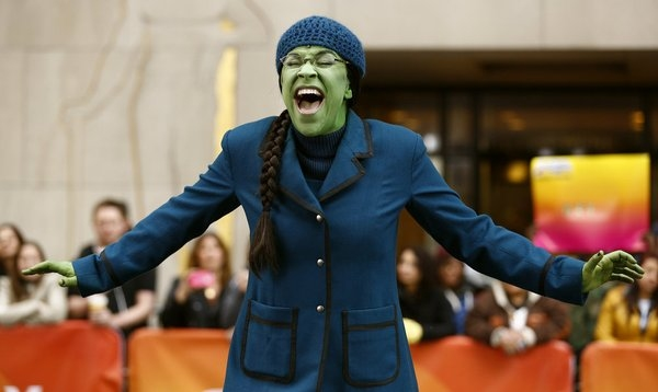 Photo Flash Cast Of Wicked Performs On Today