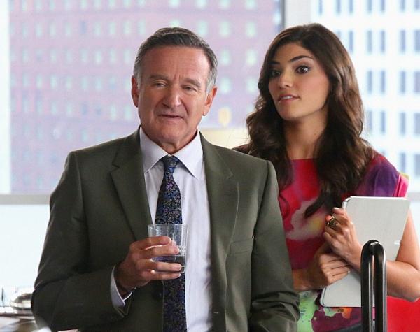 ''Hugging the Now'' -- Simon (Robin Williams) is nominated for a prestigious advertising award, on THE CRAZY ONES, Thurs. Oct. 31 (9:01 Ã�'ĕÂ�¿Â½Ã�''¢Ã�'ĕÂ�¿Â½Ã�''ïÂ�¿Â½Ã�'ĕÂ�¿Â½Ã�''ïÂ�¿Â½ 9:31 PM, ET/PT) on the CBS Television Network. Also pictu