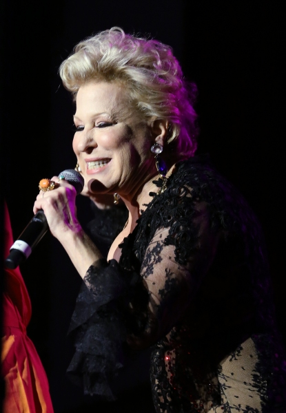 Photo Coverage: Inside the Ballroom at Bette Midler's HULAWEEN IN THE BIG EASY