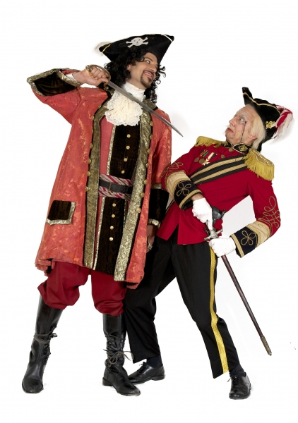 David Wannen as The Pirate King & James Mills as the Major General