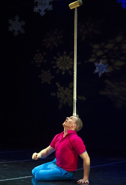 Photo Flash: Sneak Peek at Sweet Can Productions' MITTENS AND MISTLETOE, Beg. Tonight