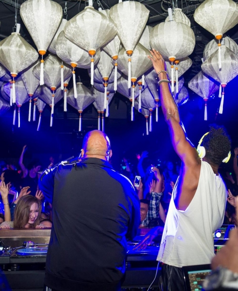 Photo Flash: Rev Run Celebrates Birthday with Unrivaled Set Inside Ling Ling Club at Hakkasan Las Vegas - Saturday, Nov. 9