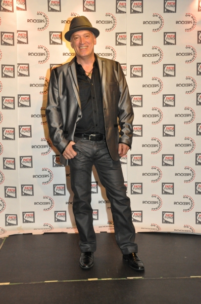 Photo Coverage On The Red Carpet For Rockers On Broadway