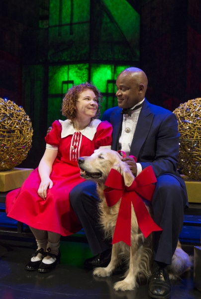 Jenny Weisz as Annie and Sterling Jarvis as Oliver Warbucks Photo