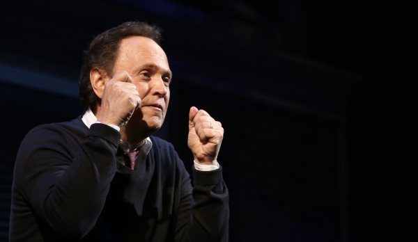 Photos: Billy Crystal Returns to Broadway in 700 SUNDAYS; Inside Opening Night Curtain Call!