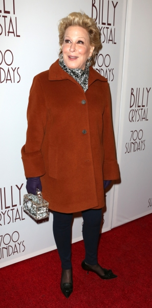Photos: Inside Theatre Arrivals at 700 SUNDAYS Opening with Jimmy Fallon, Bette Midler & More!