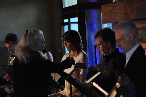 Ellen Geer directs Aaron Hendry, Wendie Malick, William H. Macy and Brent Spiner Photo