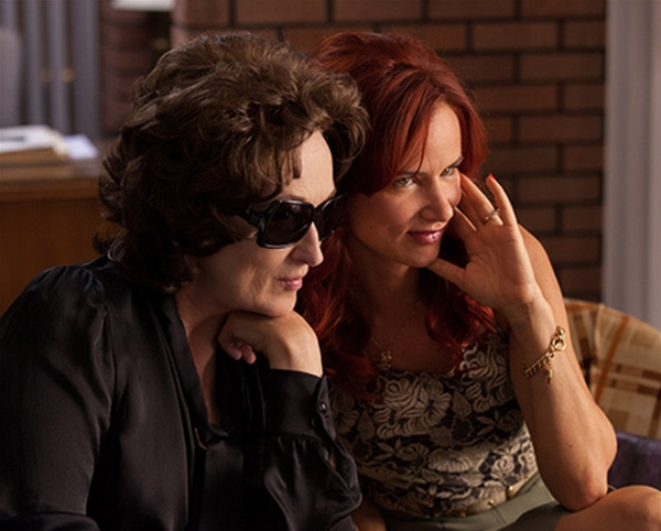 Photo Flash: Meryl Streep, Julia Roberts, Benedict Cumberbatch & More Featured in New Crop of AUGUST: OSAGE COUNTY Shots