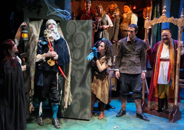 Kate Nawrocki as Tasha, Scott Cupper as The Dead Prince, Elizabeth Bagby as The Captain, Sara Scanlon as Sallie, Jenifer Starewhich as Pea, Stuart Ritter as Wilkes, Dan Behrendt as Leopold, Cory Aiello as Diggs, Thomas Zeitner as Dennis and Michael Thomas