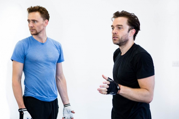Tom Hiddleston, Hadley Fraser