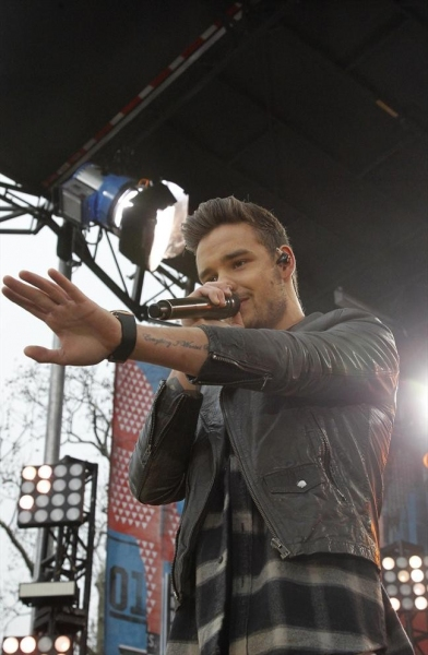 GOOD MORNING AMERICA - One Direction performs live from Central Park on ''Good Morning America,'' 11/26/13, airing on the ABC Television Network.    (ABC/Lou Rocco)ONE DIRECTION
