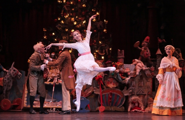 AdPerforming at Brown Theater at Wortham Center. Tickets - up to 50% portakalradyo.gan Ballet: The Nutcracker Houston.