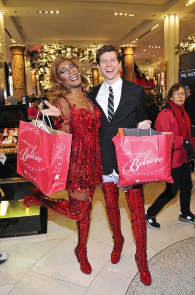 Photo Flash: KINKY BOOTS' Billy Porter, Stark Sands and Harvey Fierstein Thank Macy's For Support