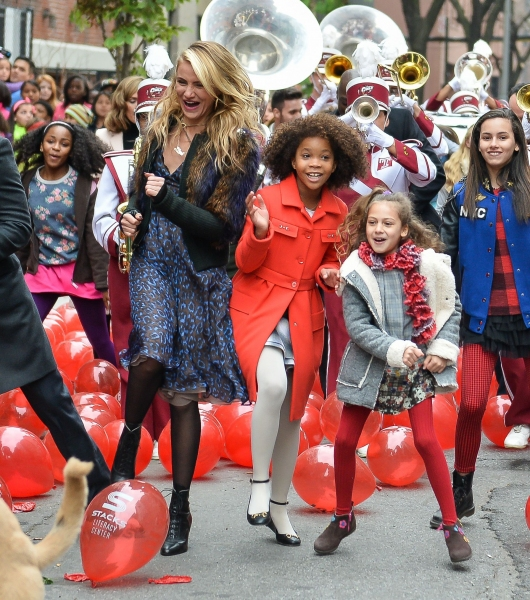 Photo Flash: First Look - Cameron Diaz, Jamie Foxx & More in ANNIE Film