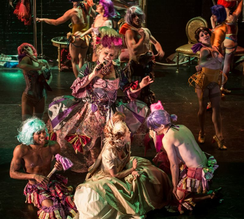 Review:  NUTCRACKER ROUGE is an Elegantly Erotic Holiday Dance Spectacle