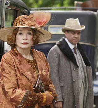 DOWNTON ABBEY Christmas Special Trailer With Shirley MacLaine, Paul Giamatti & More