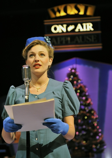 Photo Flash: First Look at Orlando Shakespeare's IT'S A WONDERFUL LIFE: A LIVE RADIO PLAY