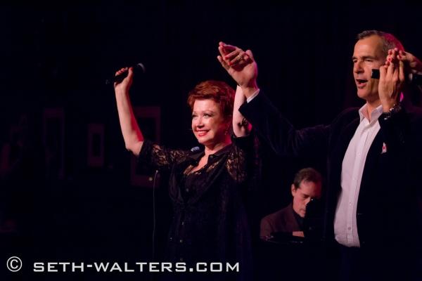 Photo Flash: Donna McKechnie, Jerry Mitchell and More at Birdland