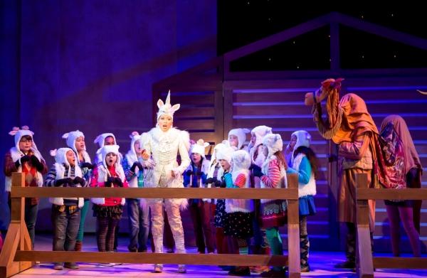 The WNO Children's Chorus and Jacqueline Echols as the Unicorn