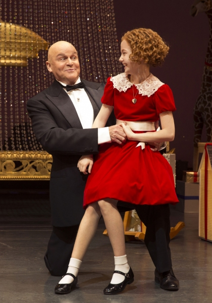 Ron Raines as Daddy Warbucks and Taylor Richardson as Annie