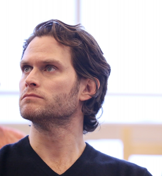 steven pasquale height