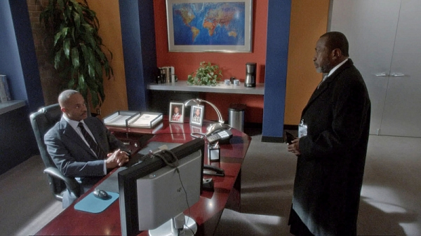 ''Homesick'' -- Director Vance (Rocky Carroll, left) struggles with forgiveness as his estranged father-in-law (Ben Vereen, right) makes a surprise visit to his home, on NCIS, Tuesday, Dec. 17 (8:00-9:00 PM, ET/PT) on the CBS Television Network. Frame Gra