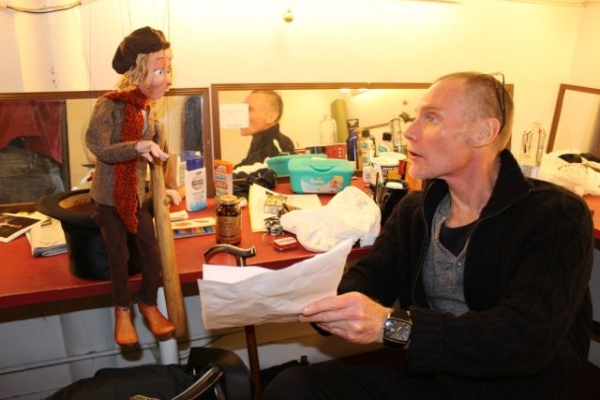 BWW Blog: Mark Price of Off-Broadway's A CHRISTMAS CAROL - Pint-Sized Yuletide