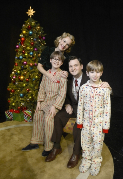 The Parker Family fromA CHRISTMAS STORY, THE MUSICAL: Jake Lucas, Erin Dilly, David Scott Purdy,and Noah Baird on Good Morning America.