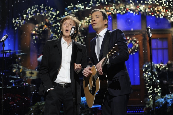 SATURDAY NIGHT LIVE -- Jimmy Fallon/Justin Timberlake Episode 1651 -- Pictured: (l-r) Paul McCartney, Jimmy Fallon -- (Photo by: Dana Edelson/NBC)