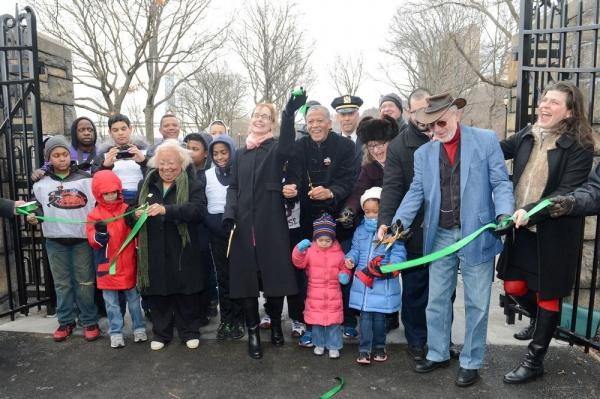 Photo Flash: NYC Parks Cuts Ribbon on Fort Washington Park Restoration