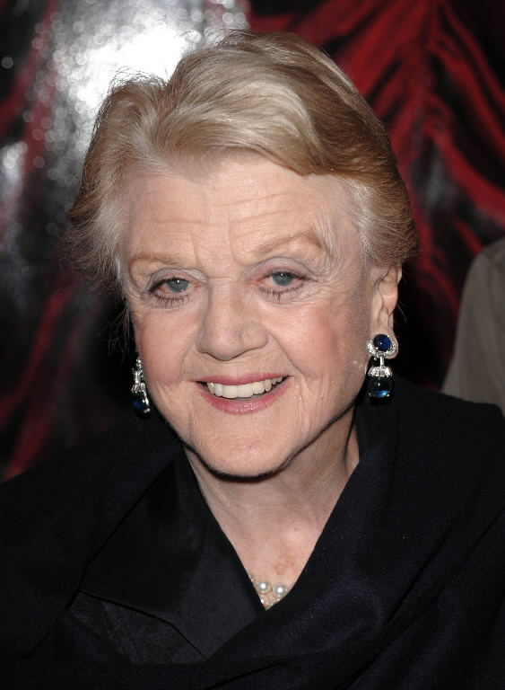 Angela Lansbury Reacts To Being Named A Dame & Looks Ahead To BLITHE SPIRIT