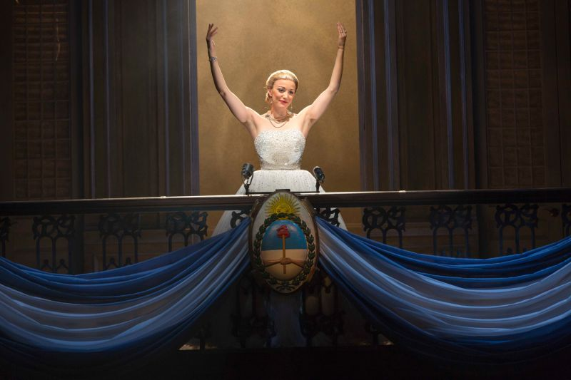 BWW Reviews: EVITA at the Paramount Has Its Moments, Even for a Non-Fan