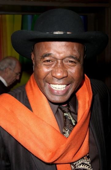 Ben Vereen Knocks National Anthem Out Of The Park At Fiesta Bowl