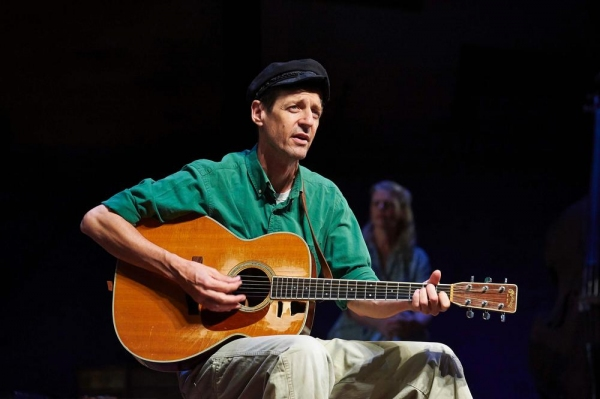Photo Flash: First Look at Milwaukee Rep's WOODY SEZ